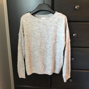 Grey Sweater with Pearl details